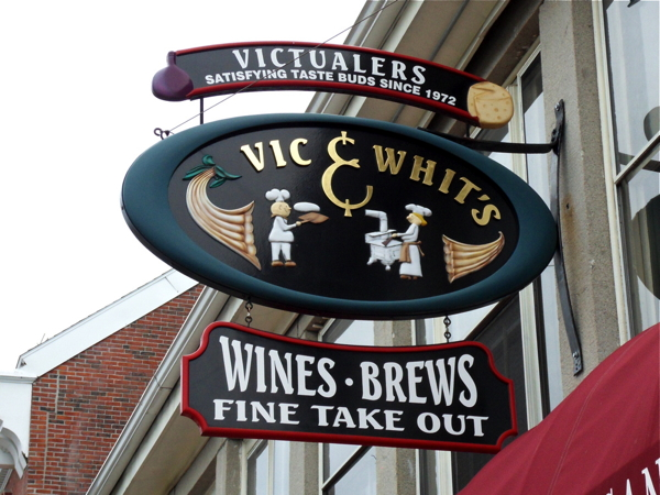 vic-whits